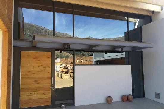 Aliminium Doors & Windows - Frameless Residential